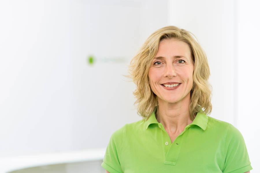 Dr. Cornelia Marquardt